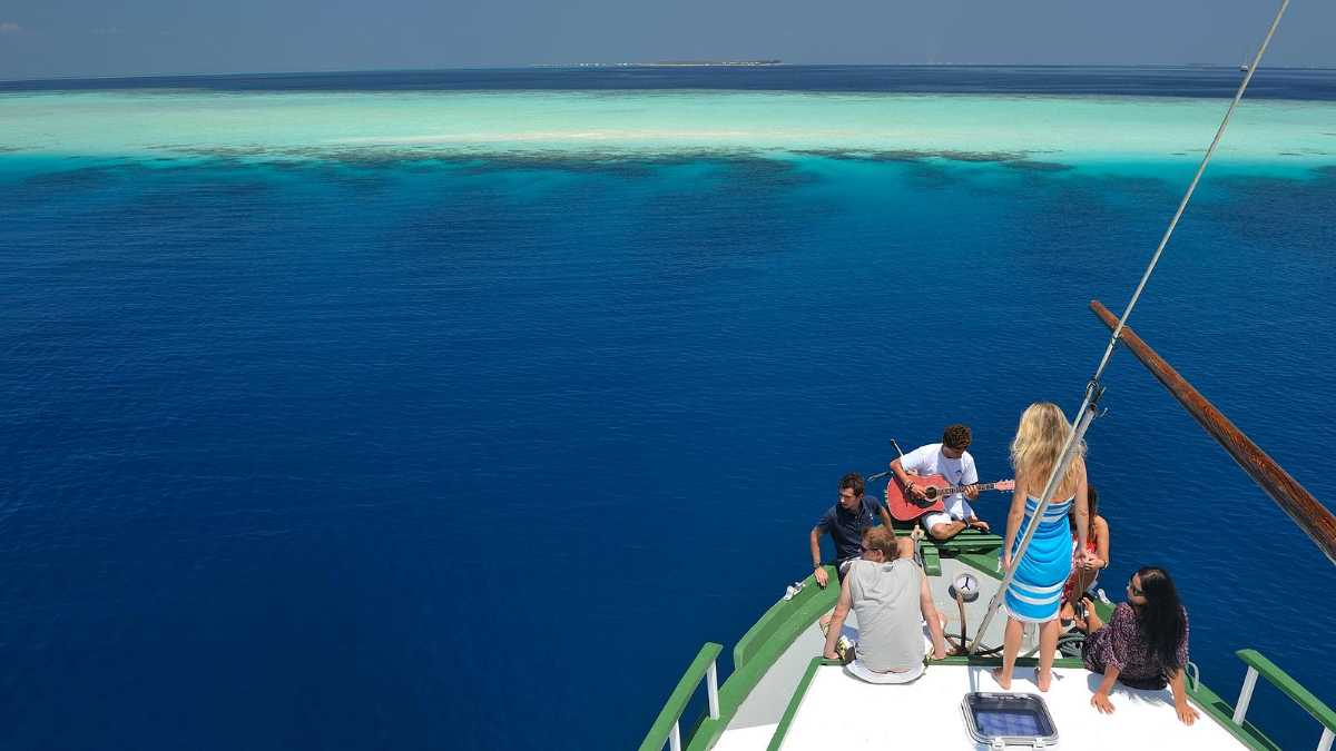 Maldives cruises