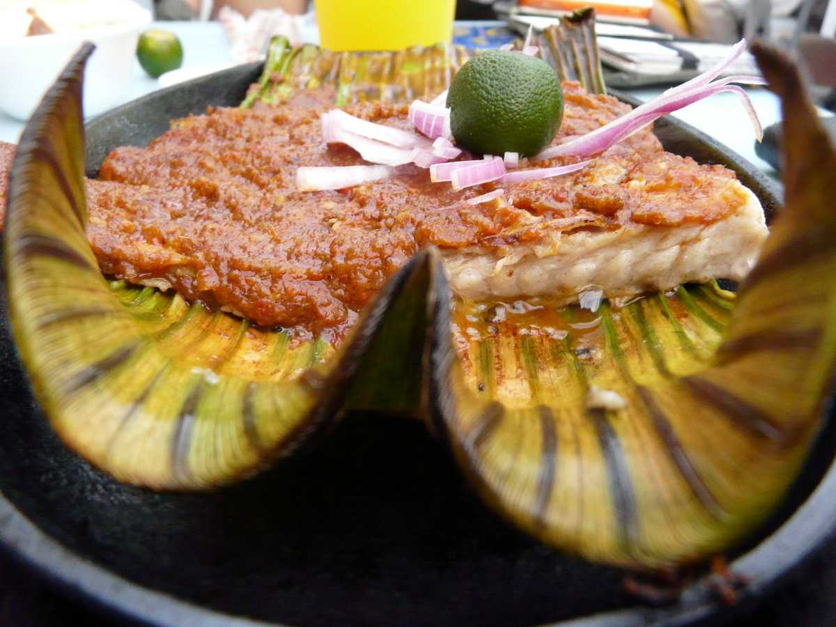 Sambal Stingray, Food and drinks in Singapore