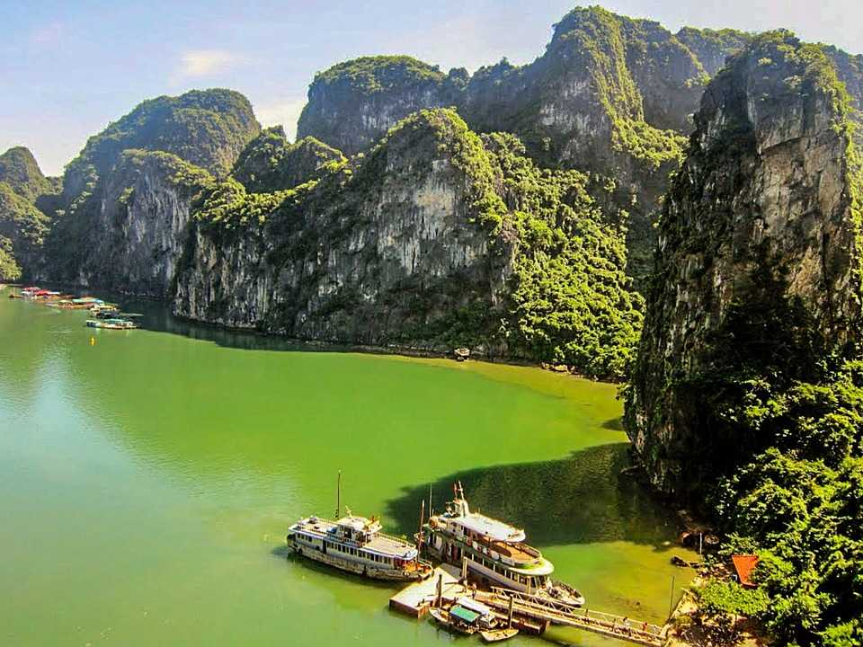 Waters of Halong Bay Facts