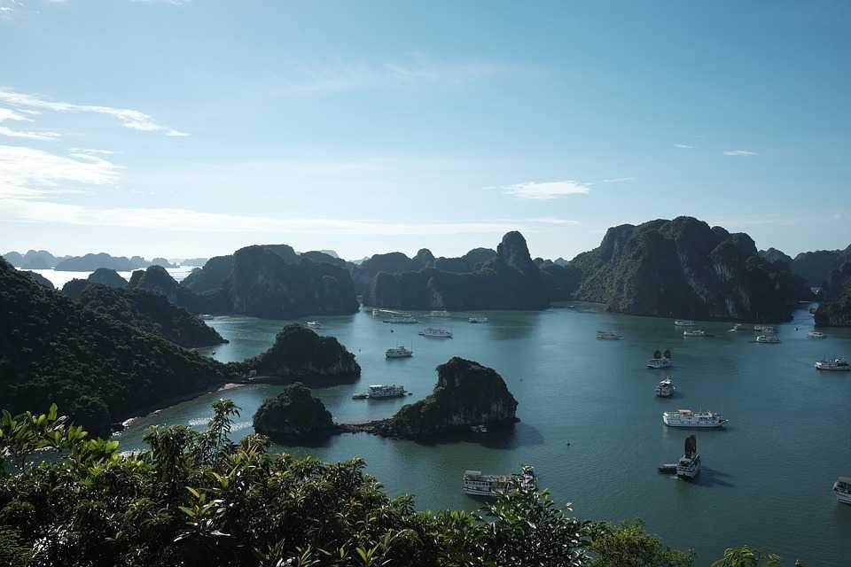 Ha Long Bay Islands Facts