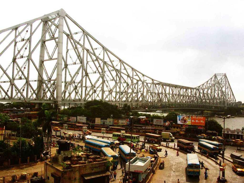 The Howrah Bridge in Kolkata, History of Howrah Bridge