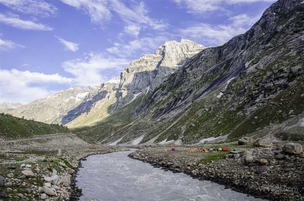 unexplored places in himachal pradesh, Hampta Pass