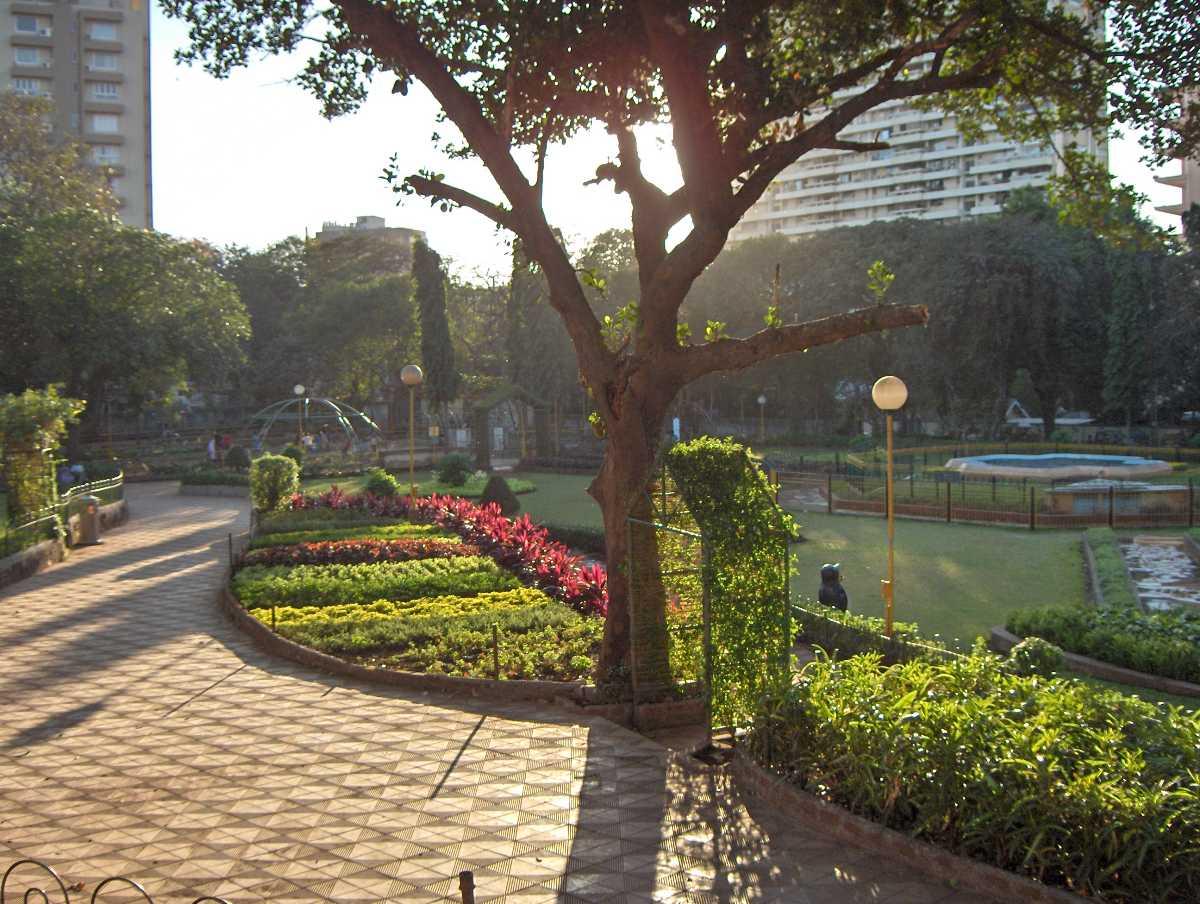 romantic places in mumbai, hanging gardens