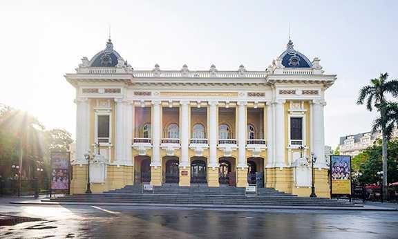 Free Things to Do in Hanoi, Hanoi Opera House