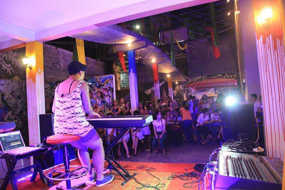 Nightlife in Hanoi, Hanoi Rock City, Vietnam Nightlife