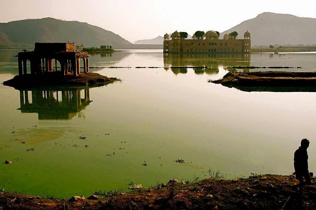 Jal Mahal, Haunted Places in Jaipur