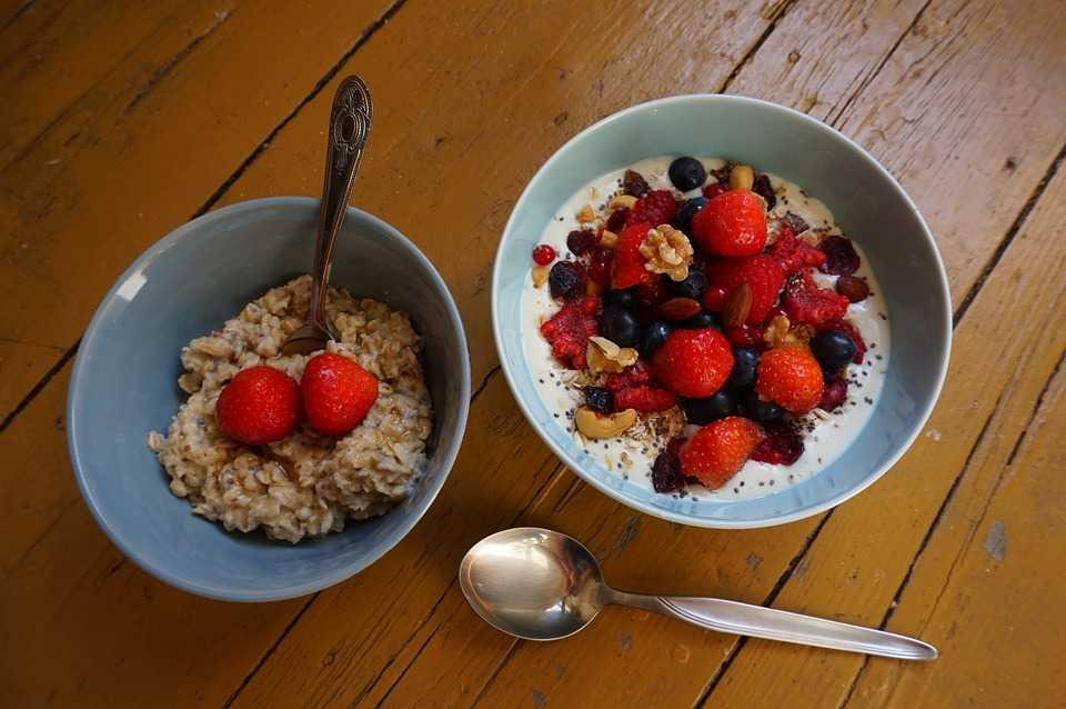 Healthy Meals, Tips to Maintain a Healthy Diet while Travelling