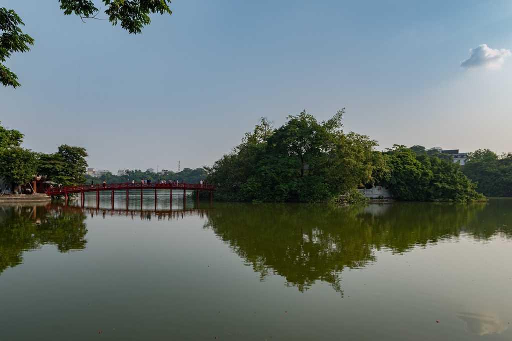 Free Things to Do in Hanoi, Hoan Kiem Lake
