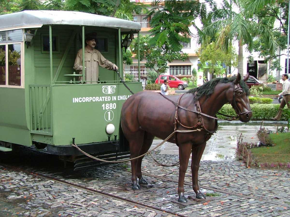 Horse-drawn tram model, Trams in Kolkata