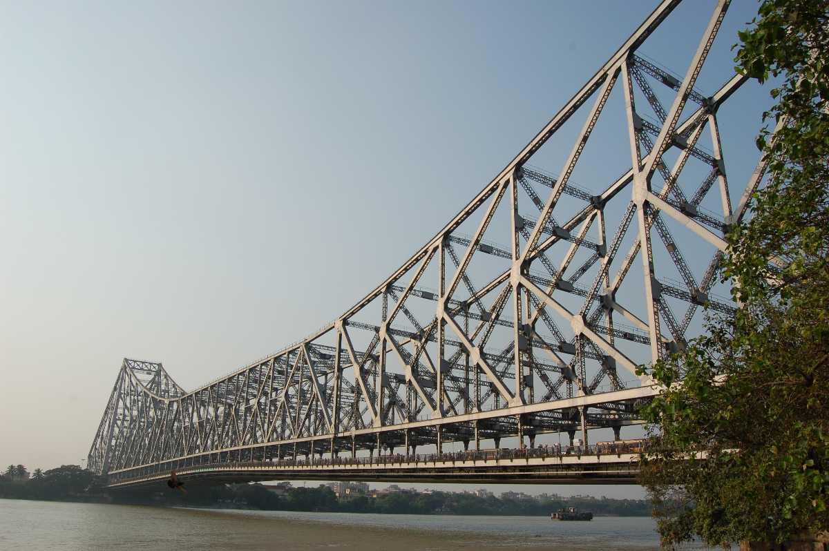 The Howrah Bridge, History of Howrah Bridge