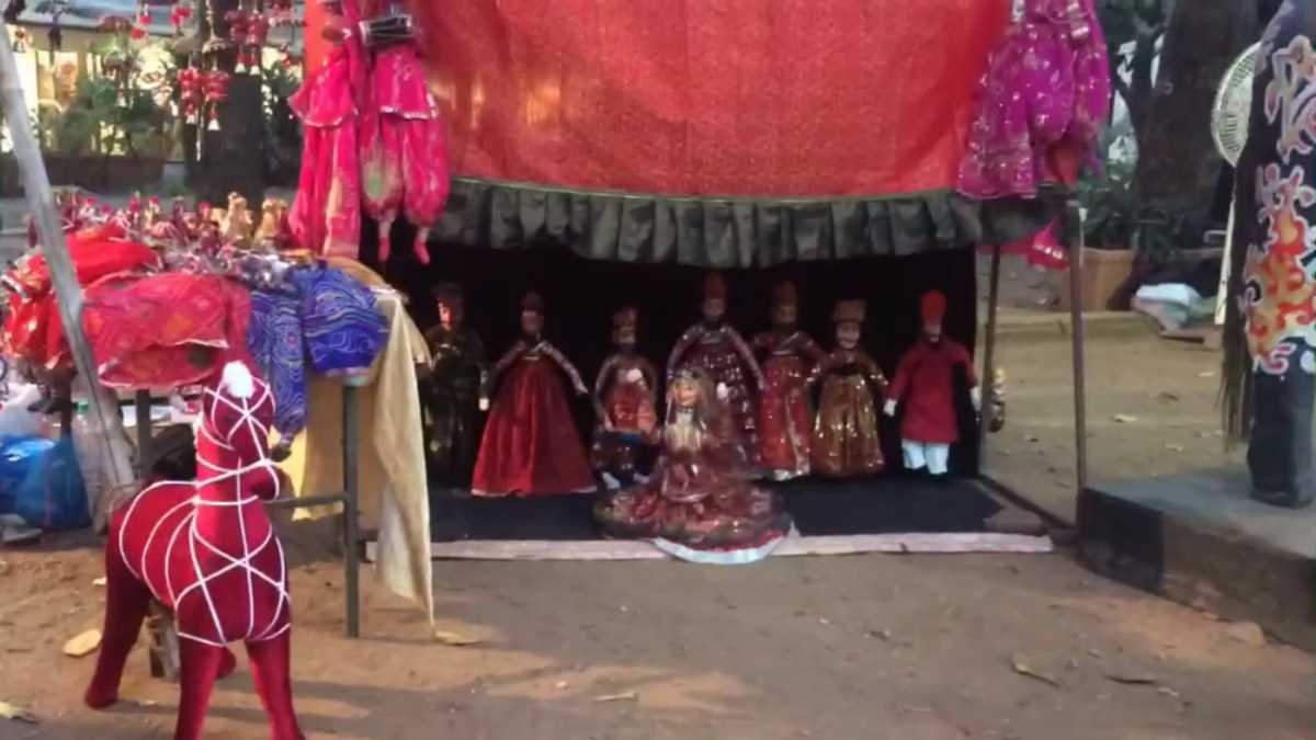 Kathputli dance show featured on the grooves of old folk songs