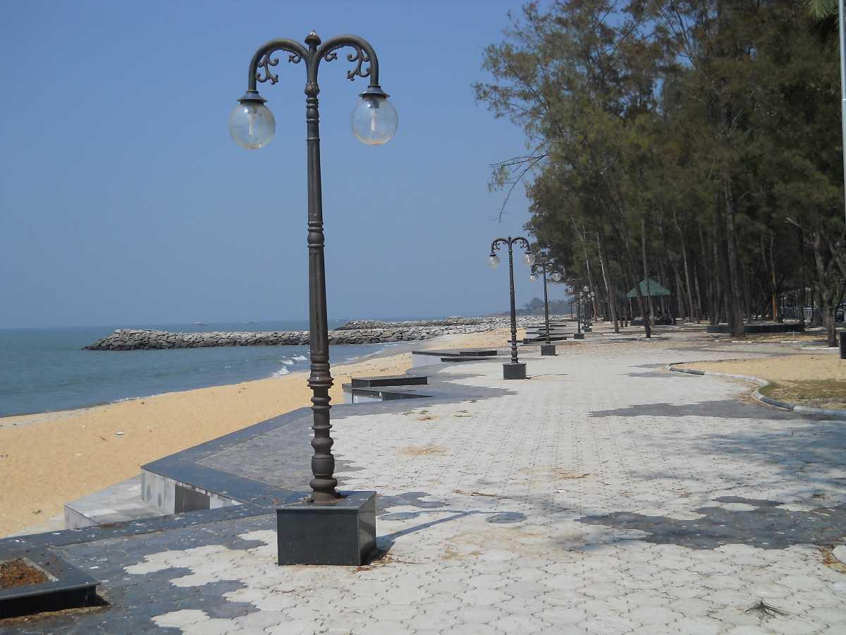 Popular_beaches_in_kerala_1