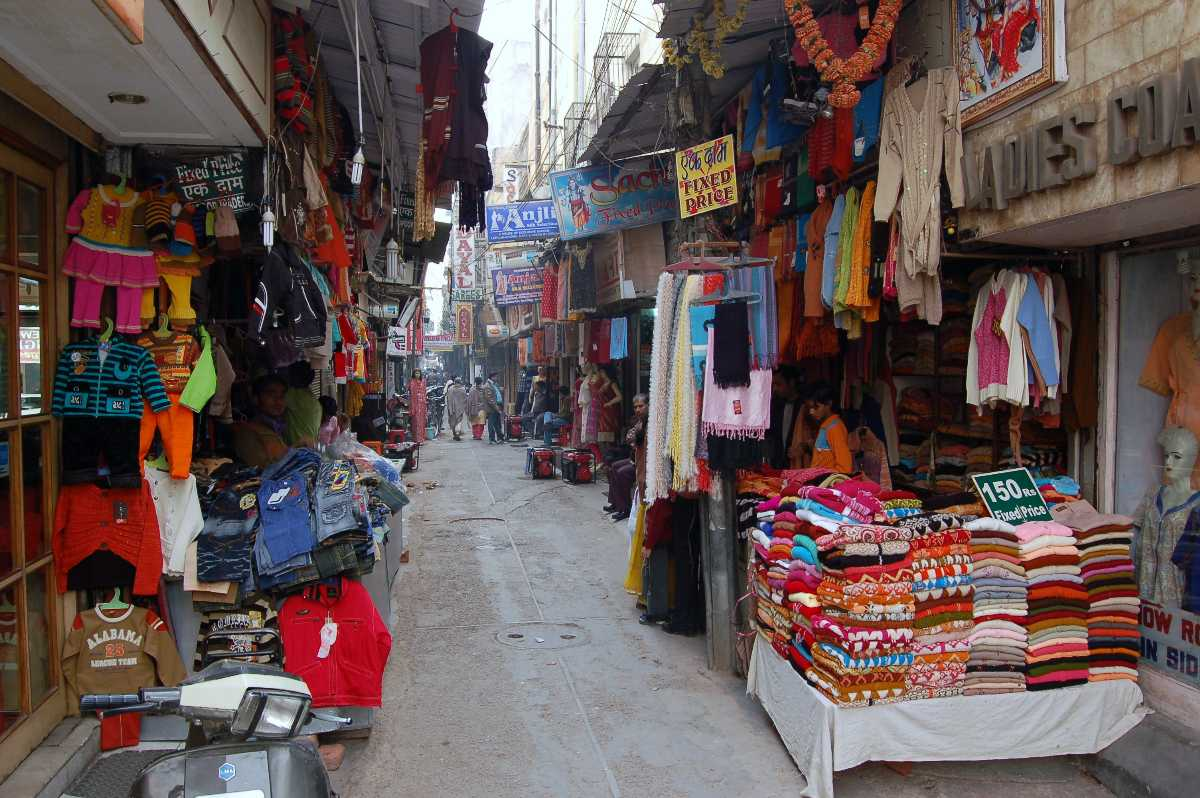 Karol Bagh, Cheapest Places to Shop in Delhi