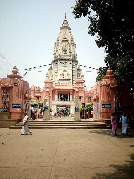Kashi Vishwanath Temple, Witness the rich culture of Benaras through these pictures