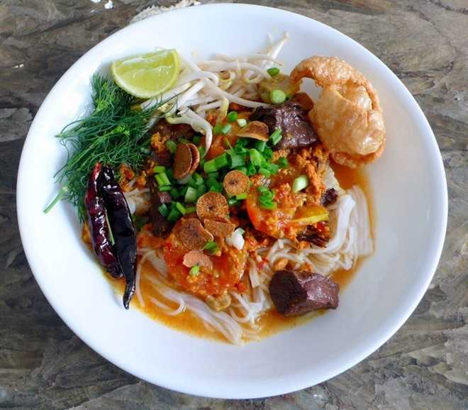 Khanom Jeen Nam Ngiao, Food in North Thailand, Northern Thailand Cuisine