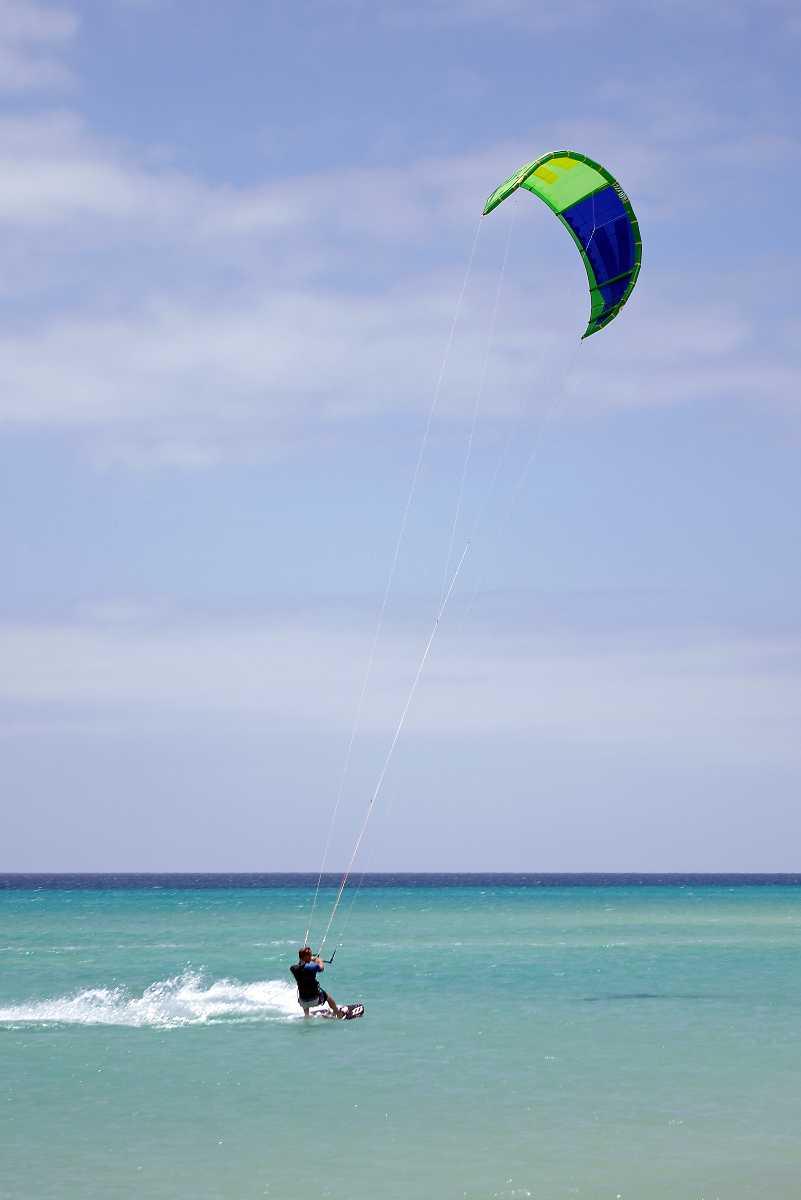 Kite Surfing in Hua Hin, Thailand