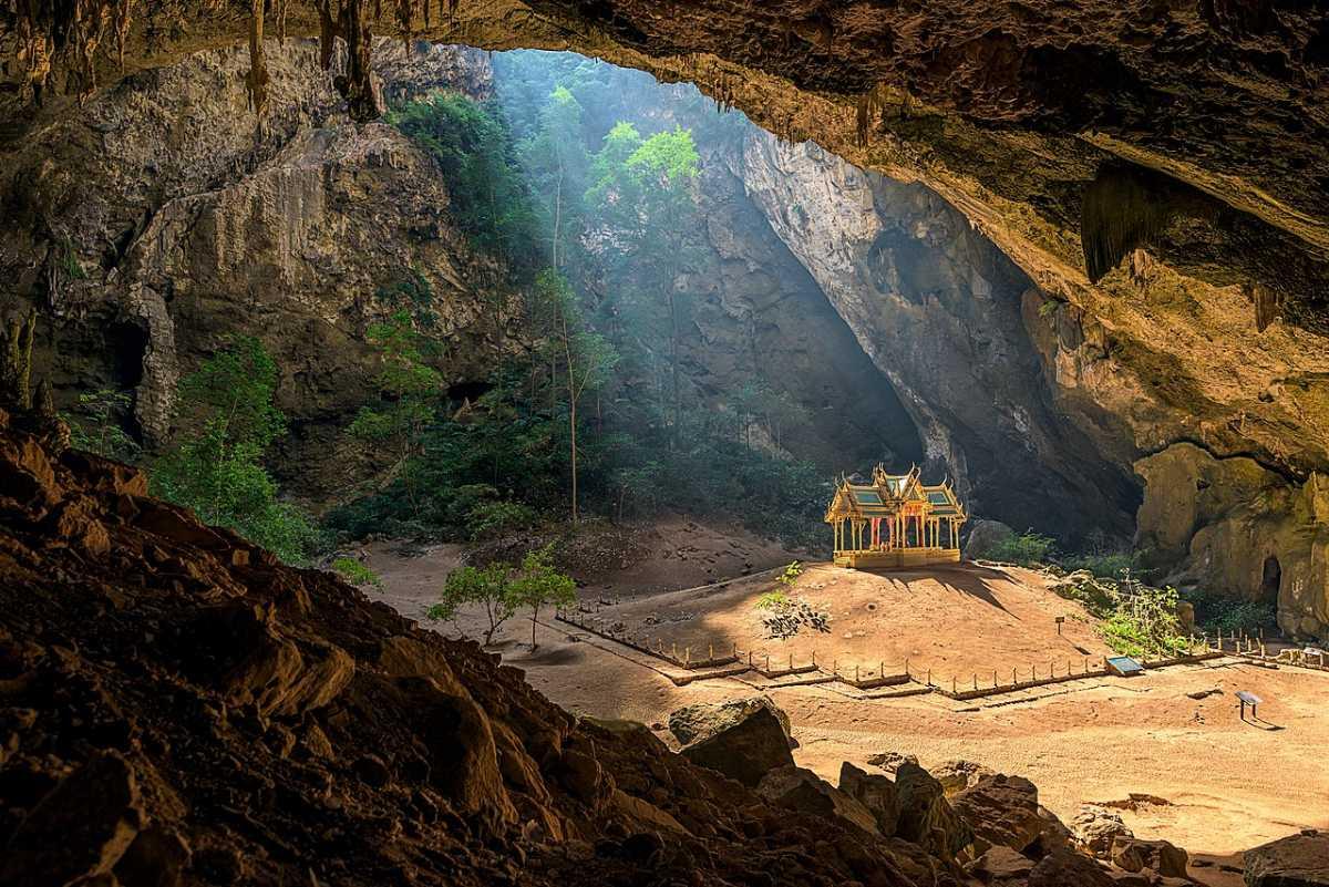 Kuha Karukas Pavillion at Phraya Nakhon Cave, Hua Hin