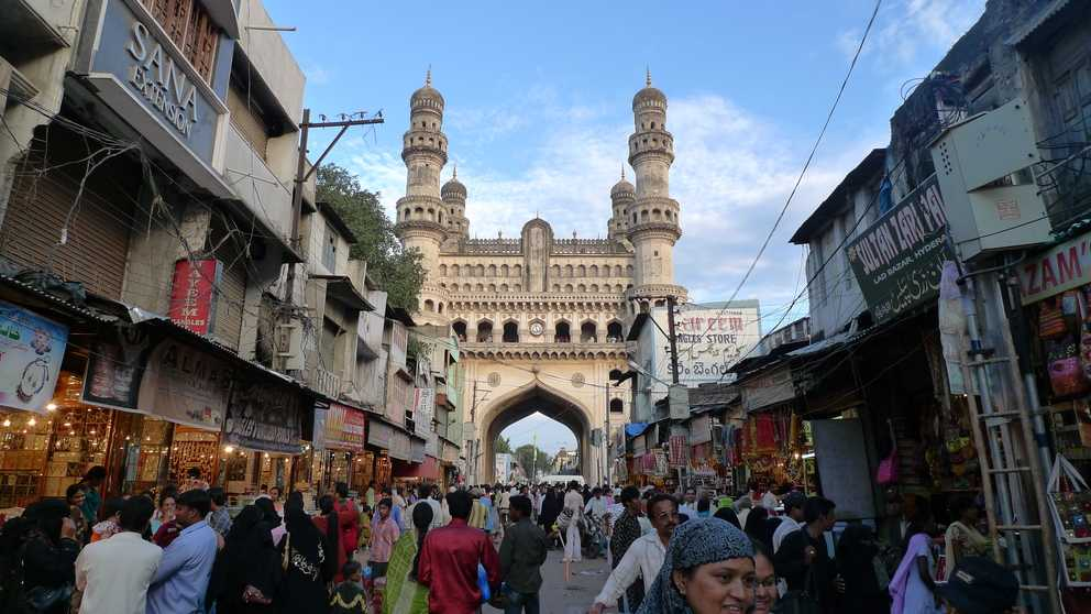 Char Minar Bazaar, shopping in hyderabad