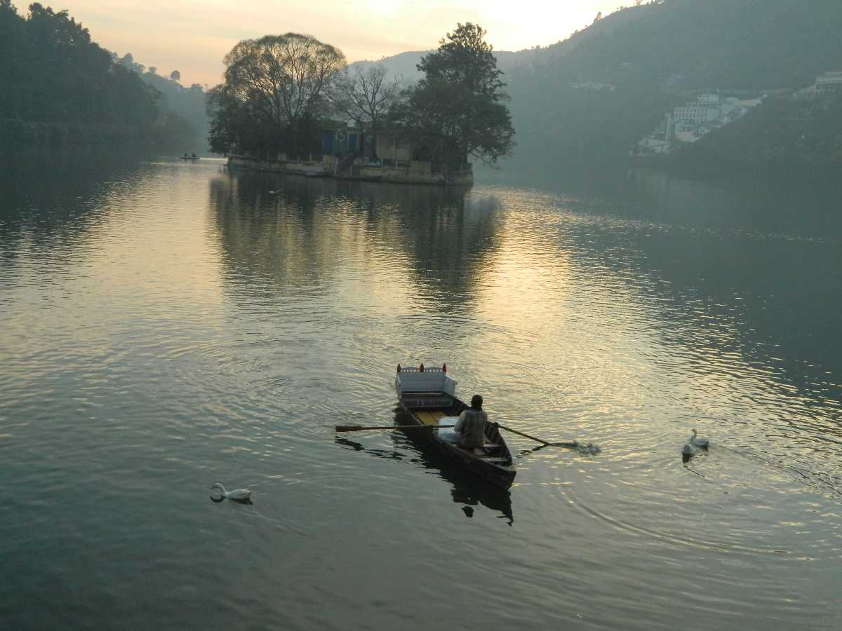 Bhimtal, Camping in Uttarakhand