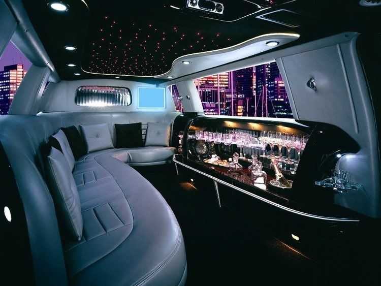 A Limo Kind of Date