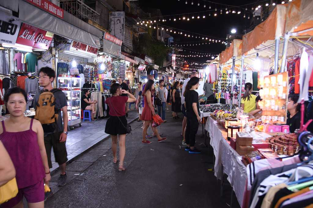 Free Things to Do in Hanoi, Hanoi Night Market