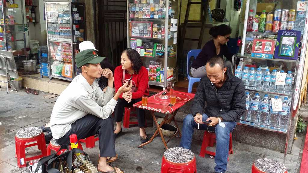 Free Things to Do in Hanoi, Vietnamese Locals