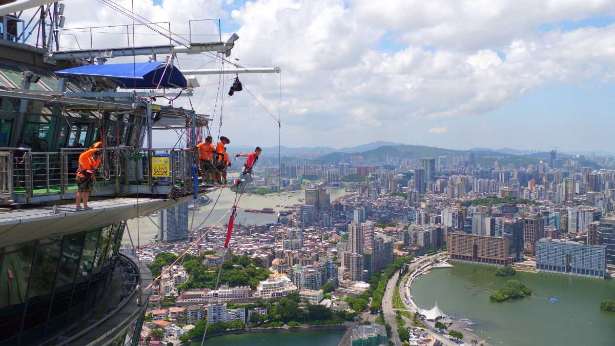 Inspection of Macau Tower Bunjee Jumping