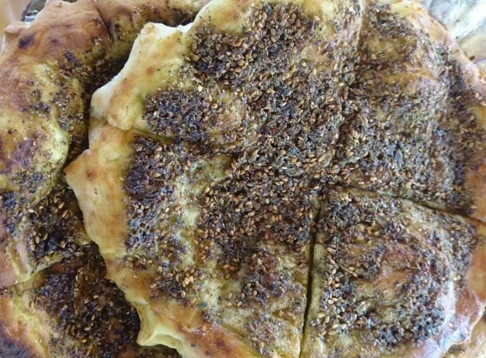 Manakish, Street food in Dubai