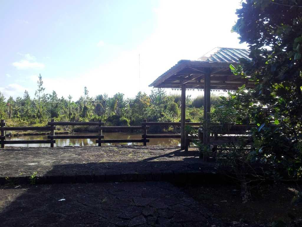 Mon Vert Nature Walk Lakeside Picnic Site