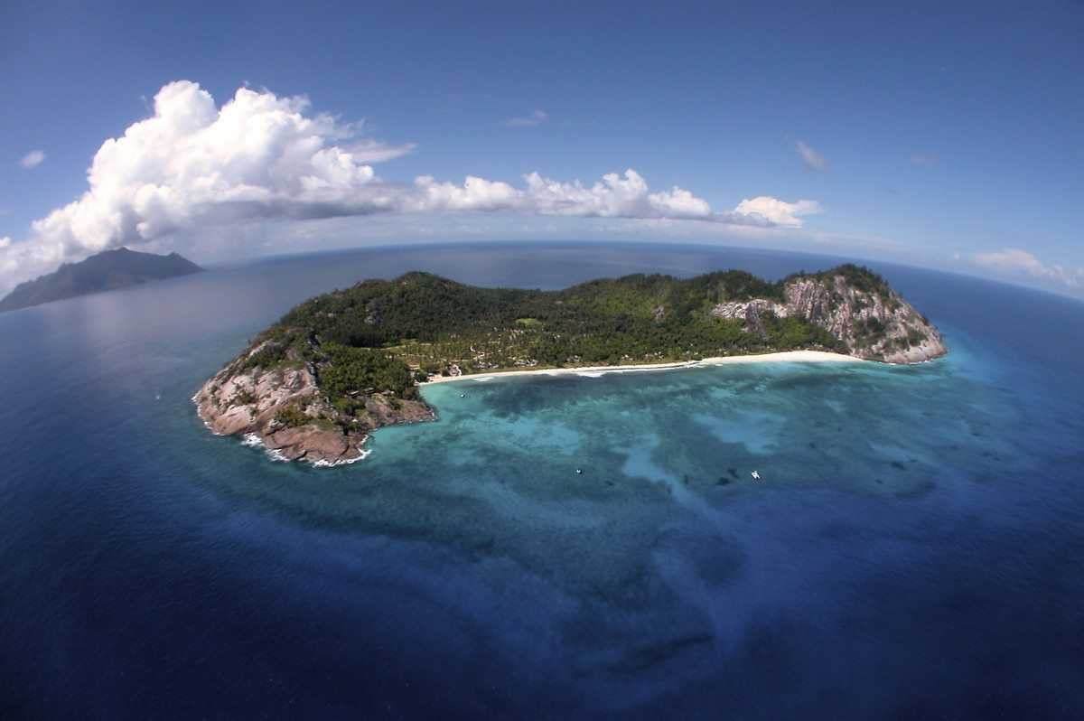 North Island, Scuba Diving in Seychelles