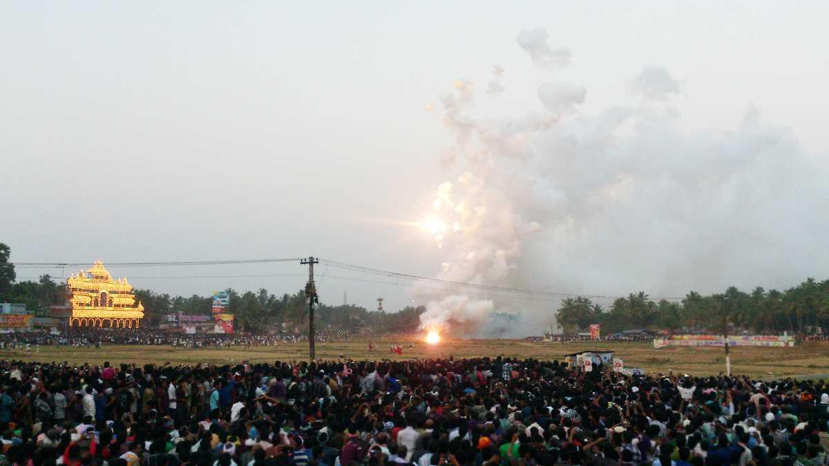 The fireworks at Vela