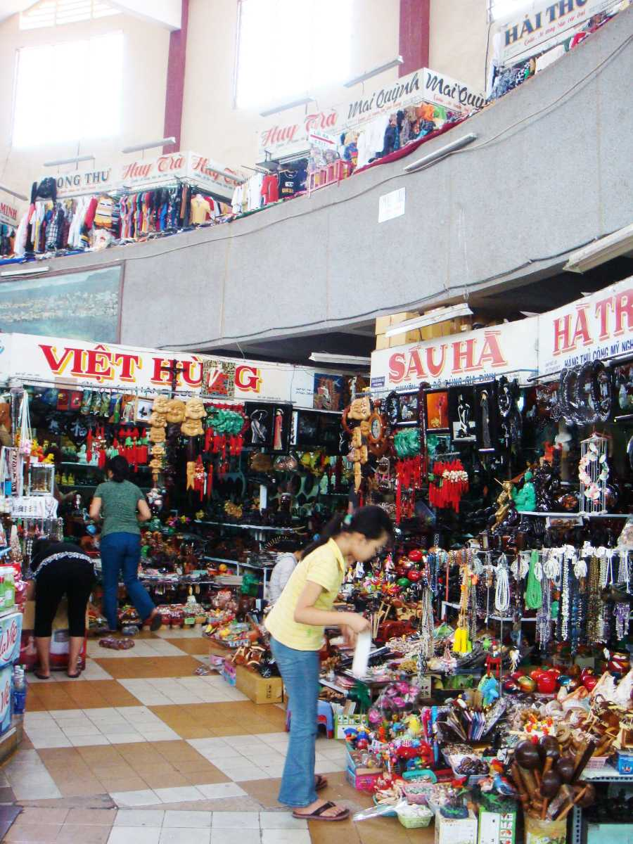 Dam Market, Shopping in Vietnam, Nha Trang Shopping