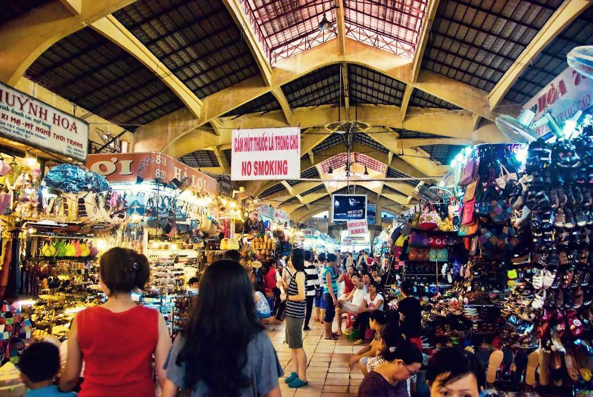 Hoa Binh Night Market, Night Markets In Ho Chi Minh