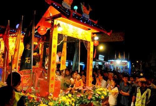 Nine Emperor Gods Festival, Singapore in October