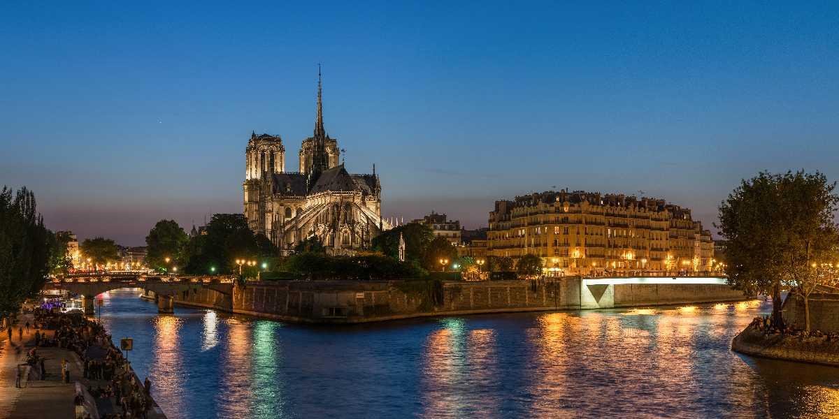 Ile de la Cite, Paris | Travel Guide, History, Monuments