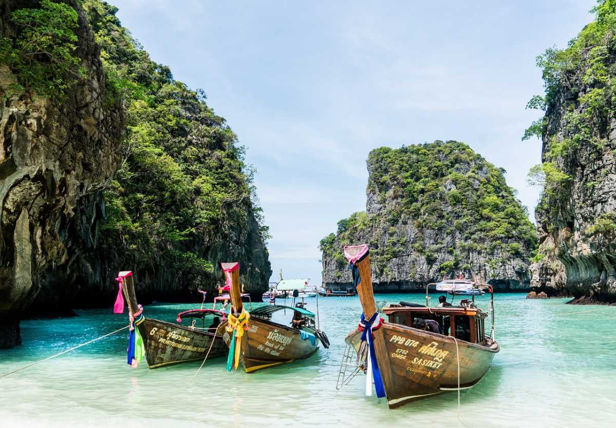 Koh Phi Phi, Islands In Thailand