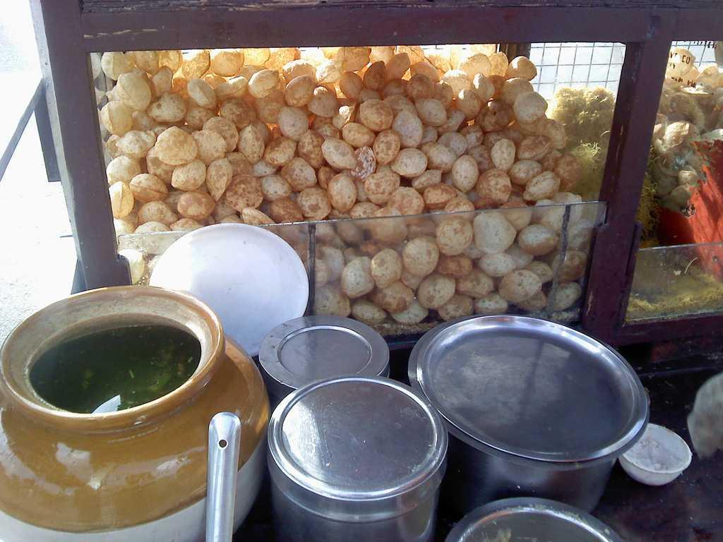 street food in nagpur, pani puri nagpur
