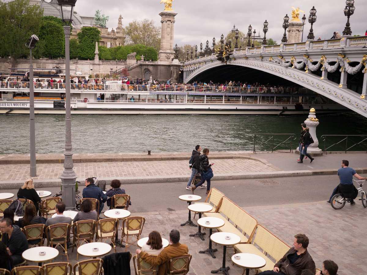Cafe, Pont Alexandre III, Paris