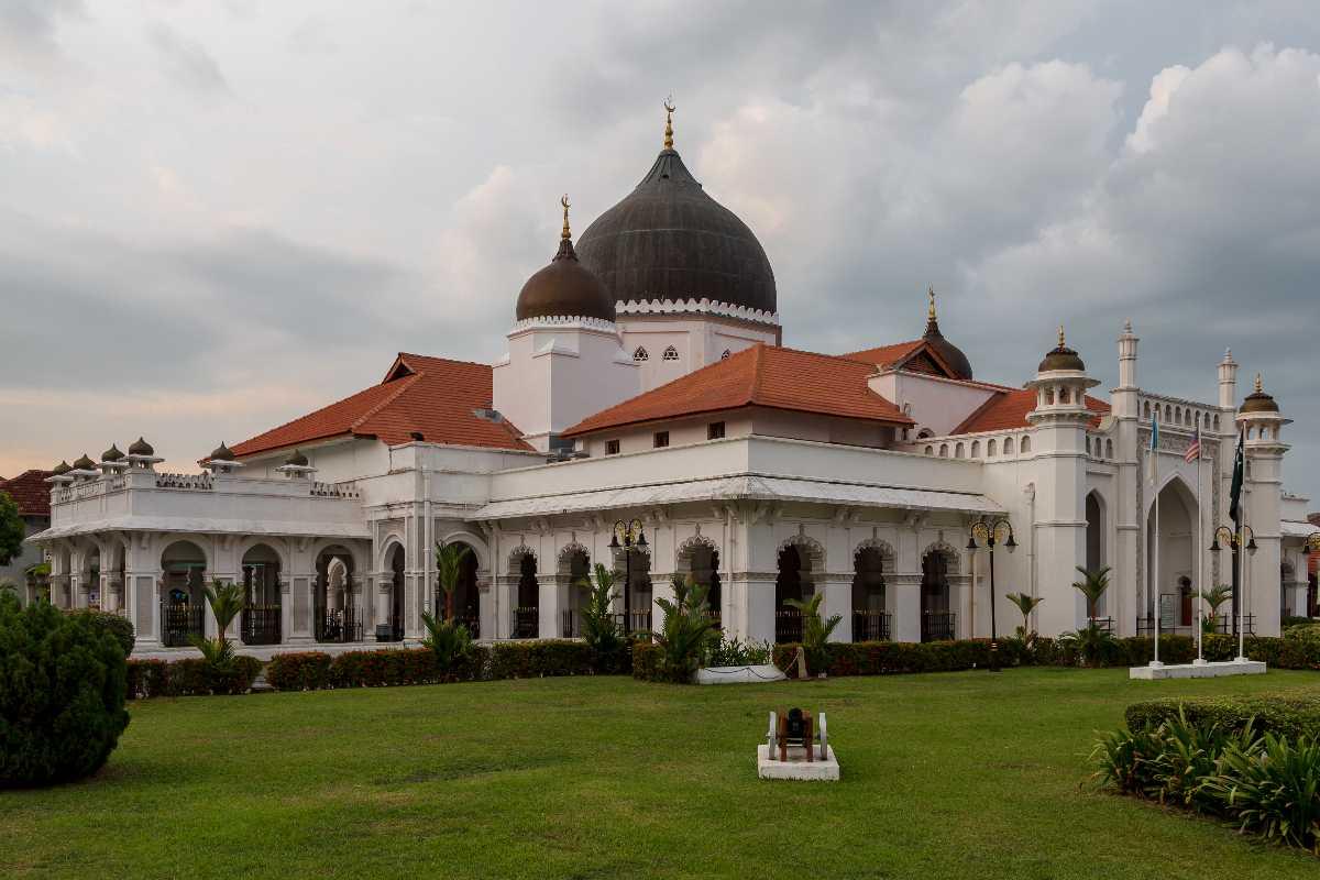 Kapitan Keling Mosque, Street of Harmony Penang