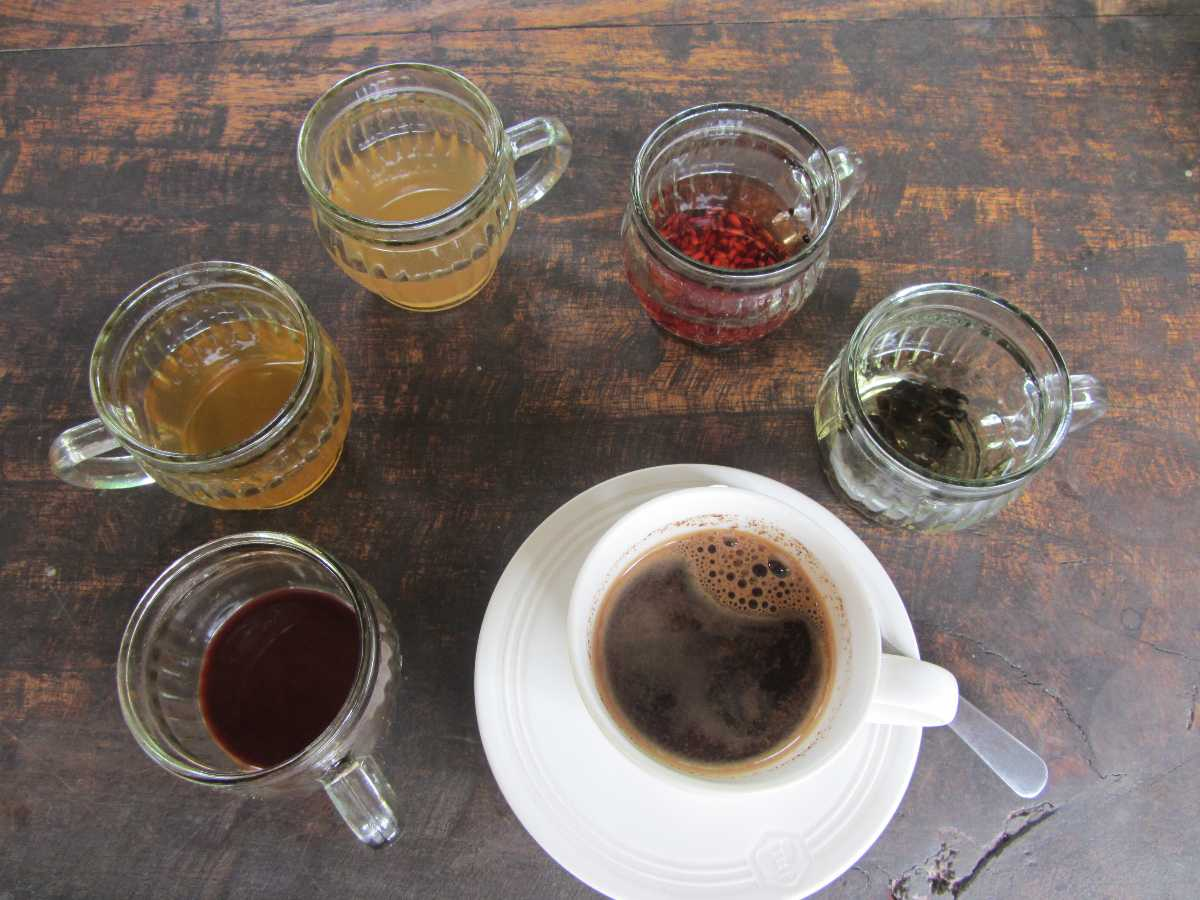 Balinese Coffee, Street Food in Bali