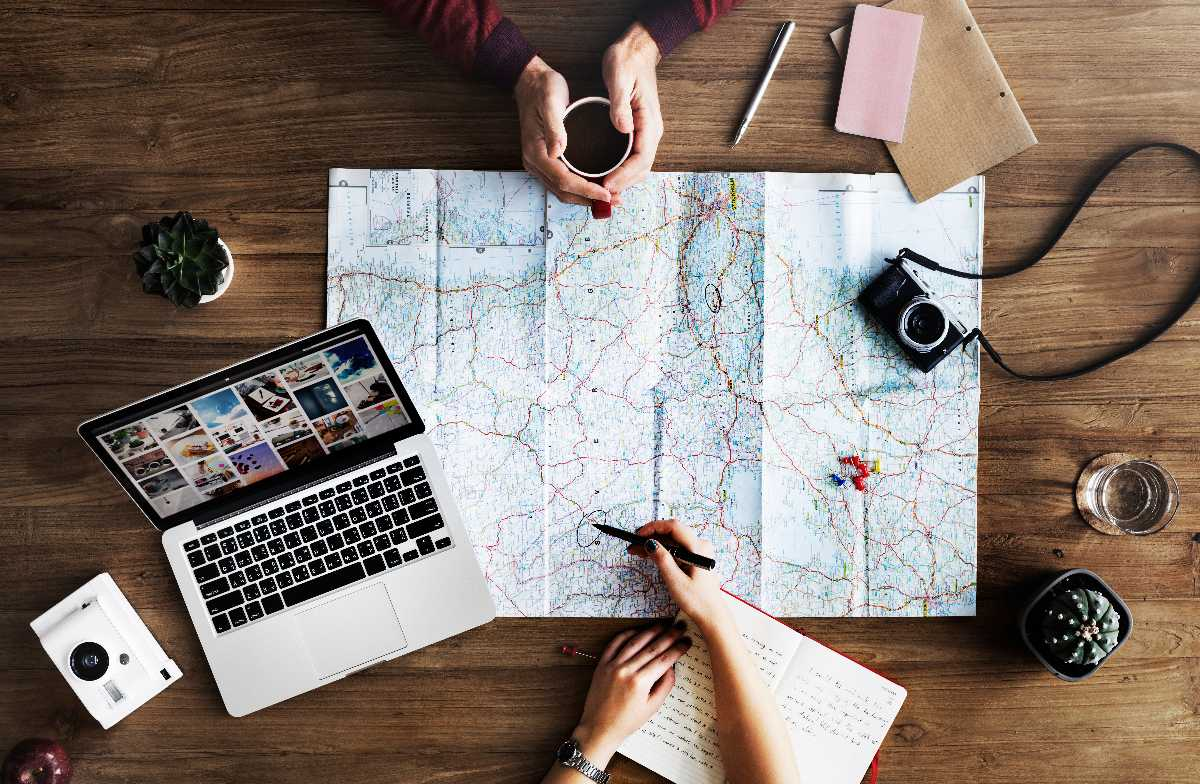 Planning and organizing, Reasons why travelling helps you become a better person