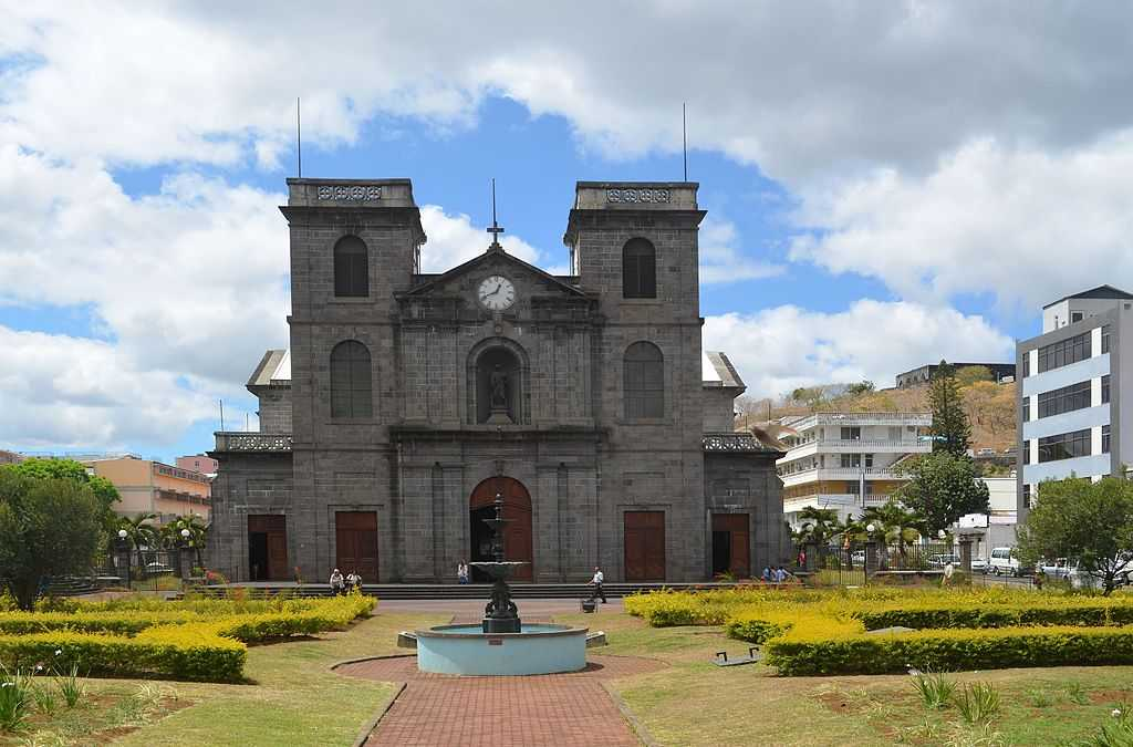 Cathedral St. Louis, churches in Mauritius