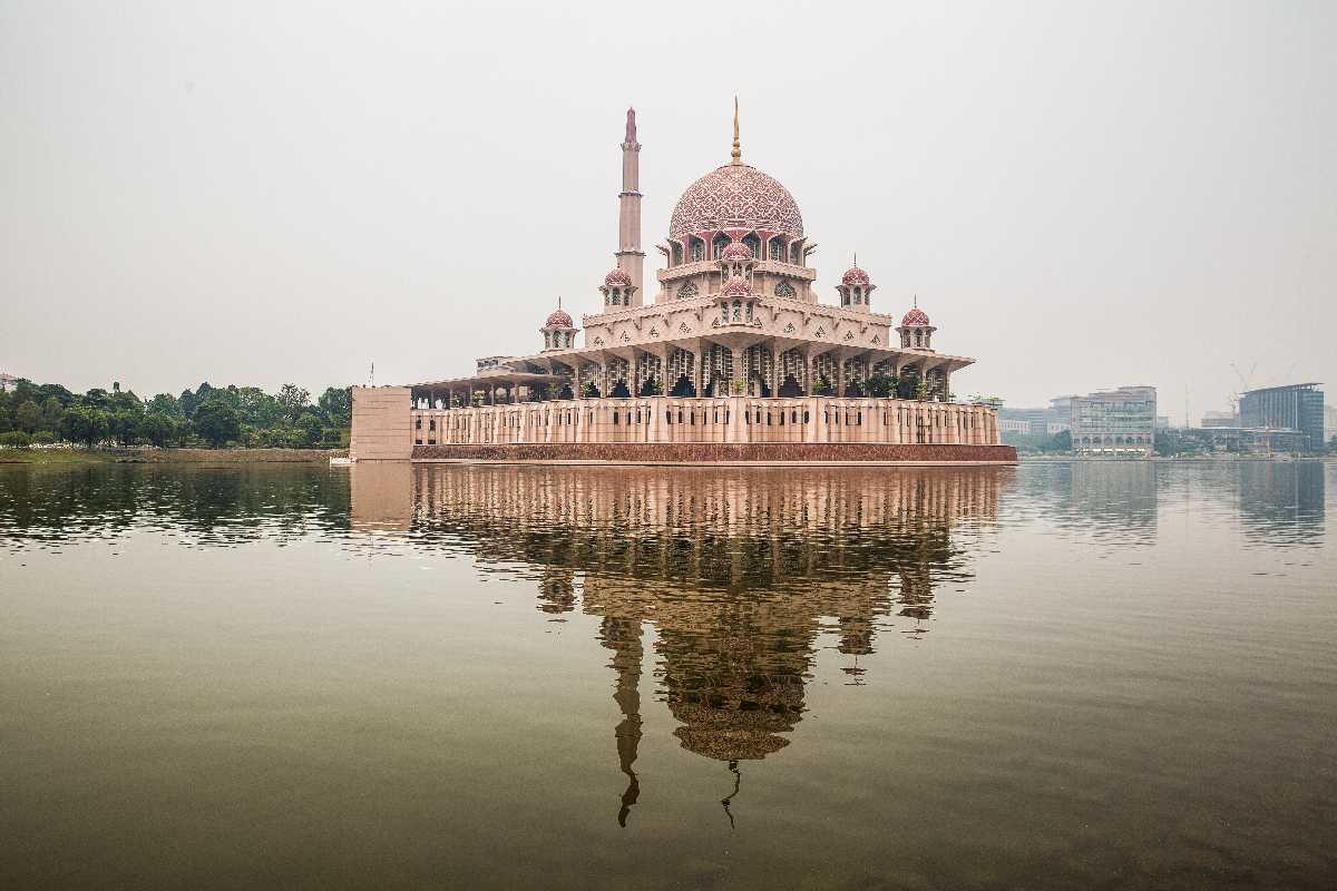 Putrayaja Mosque