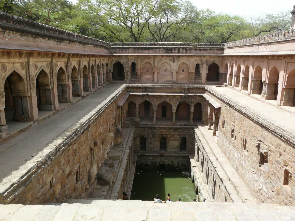 Rajon Ki Baoli, Stepwells in India