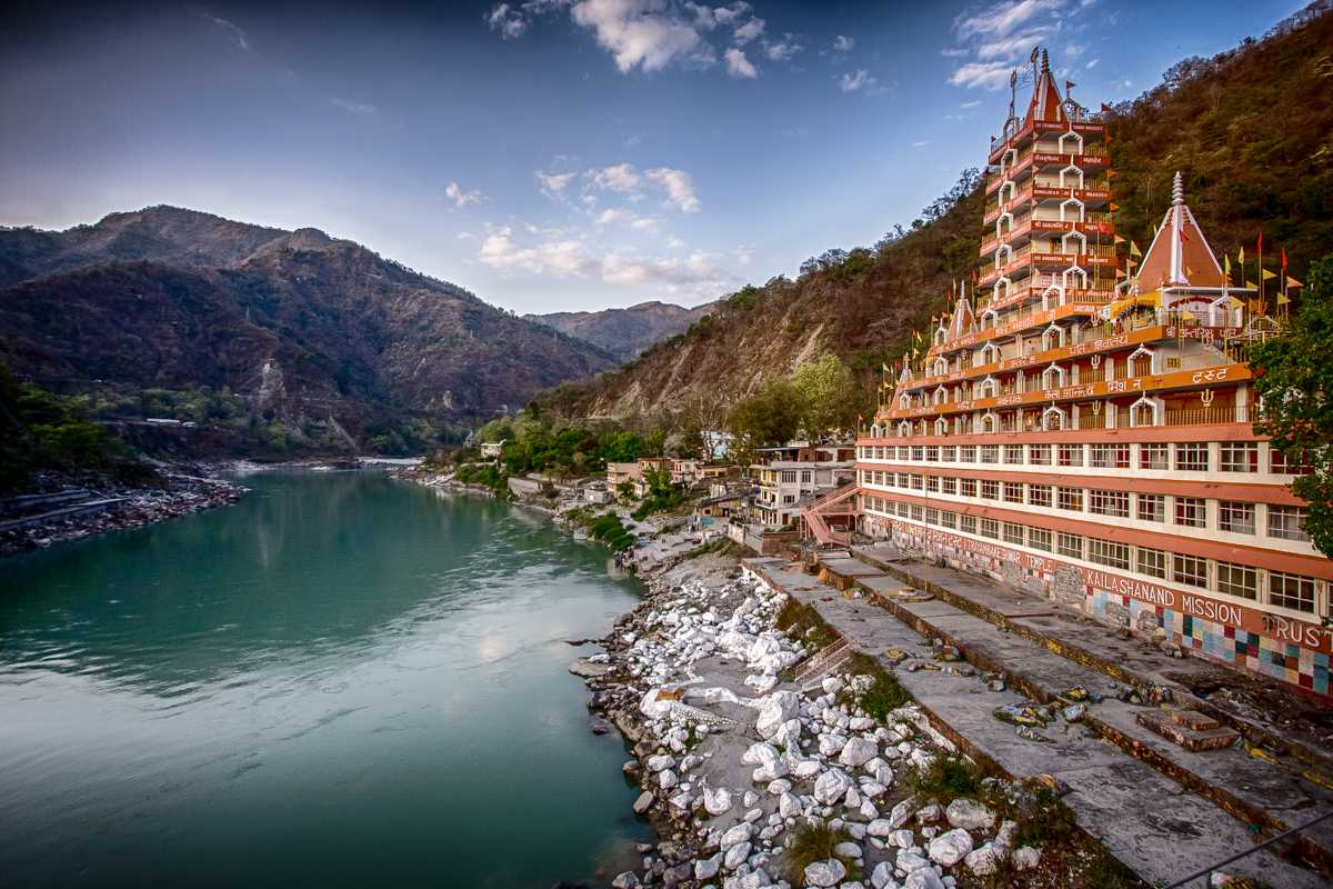 Rishikesh temple side view of canal