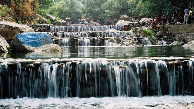 Sahastradhara waterfalls- top attractions in Dehradun