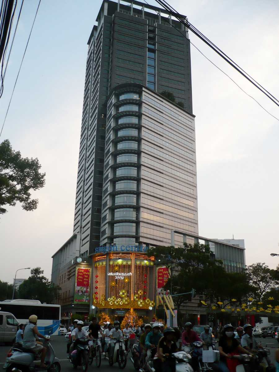 Shopping in VIetnam, Saigon Centre, Malls in Vietnam