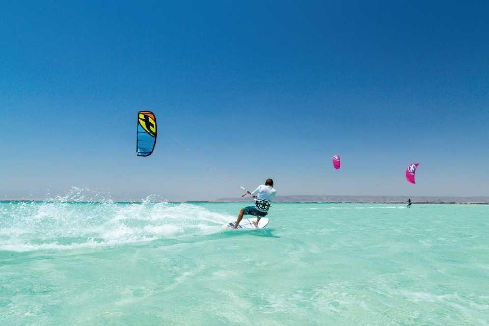Kitesurfing in Chumphon Thailand