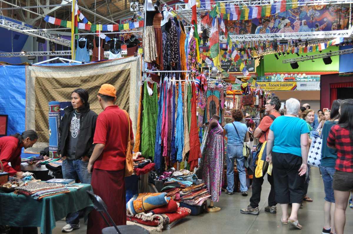 Tibetan Handicraft Emporium Ladakh, Shopping in Ladakh