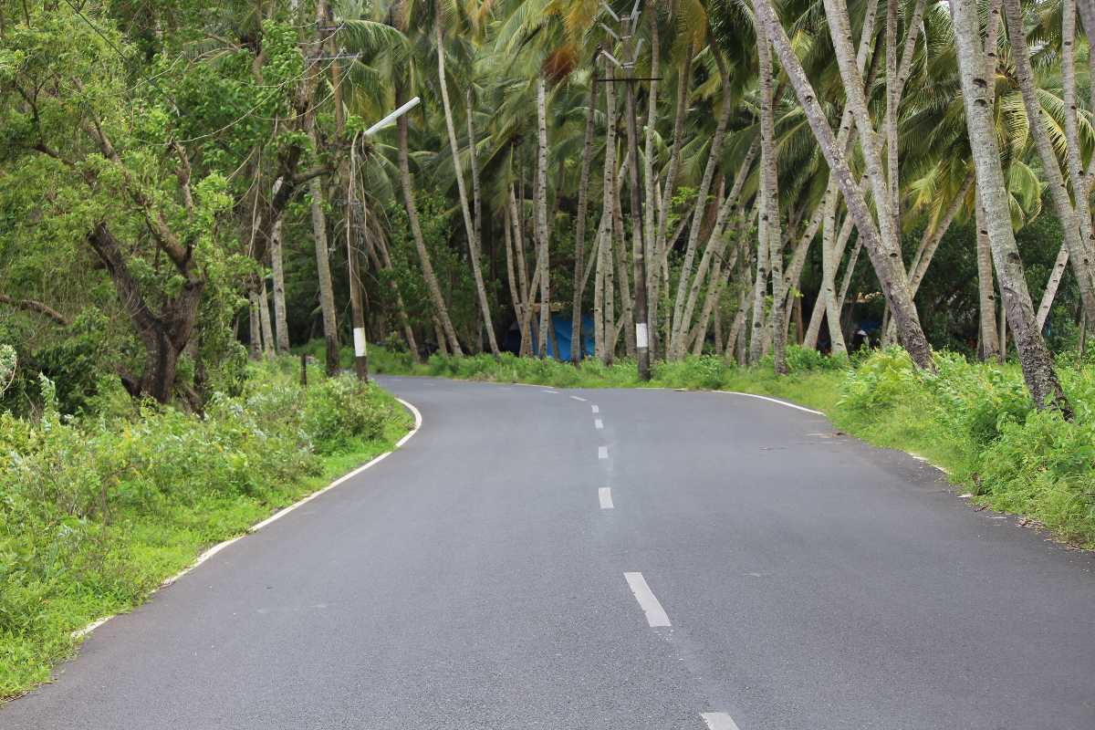 Goa road, Cars for rent in goa